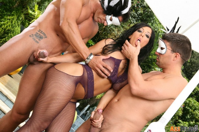 Ricki White Threesome
